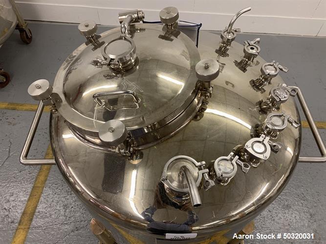 Used-Lee Industries 500 liter Vacuum Kettle- Vacuum Kettle- Stainless Steel- 500 Liter- 30 psi internal pressure- casters- a...