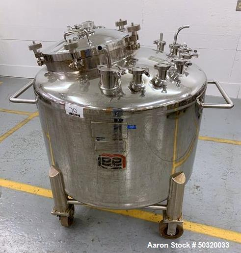 Used-Lee Industries 500 liter Vacuum Kettle - Vacuum Kettle- Stainless Steel- 500 Liter- 30 psi internal pressure- casters- ...