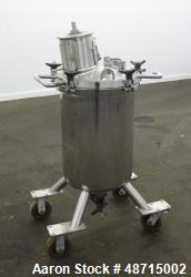 Used- Lee Industries Pressure Tank, 100 Liter (26.4 gallons), Model 100LCBT