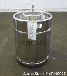 https://www.aaronequipment.com/Images/ItemImages/Tanks/Stainless-0-499-Gal/medium/Rutten-Engineering_47110027_aa.jpg