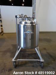 Used- T & C Pressure Tank, 39 Gallon (150 liter), 316 Stainless Steel, Vertical.