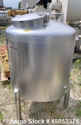 "Used- Walker 135 Gallon Stainless Steel Tank, Model SB-V-52, 304 Stainless Steel, Vertical. Approximate 36"" diameter x 30"" s..."