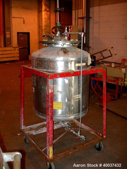 """Used- Buckley Iron Works Pressure Tank, 100 gallon, stainless steel, vertical. 30"""" diameter x 30"""" straight side, dished top ..."""