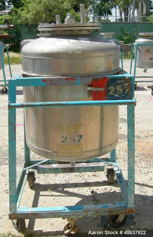 "Used- Buckley Iron Works Pressure Tank, 100 gallon, 304 stainless steel, vertical. 30"" diameter x 28"" straight side, dished ..."