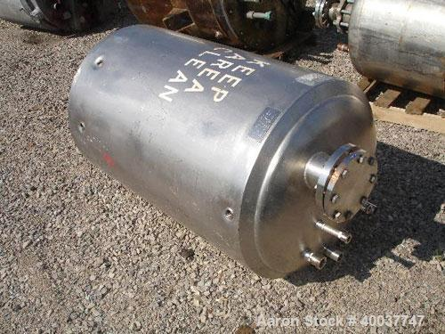 Used- 100 Gallon Stainless Steel Paramount Engineering Receiver