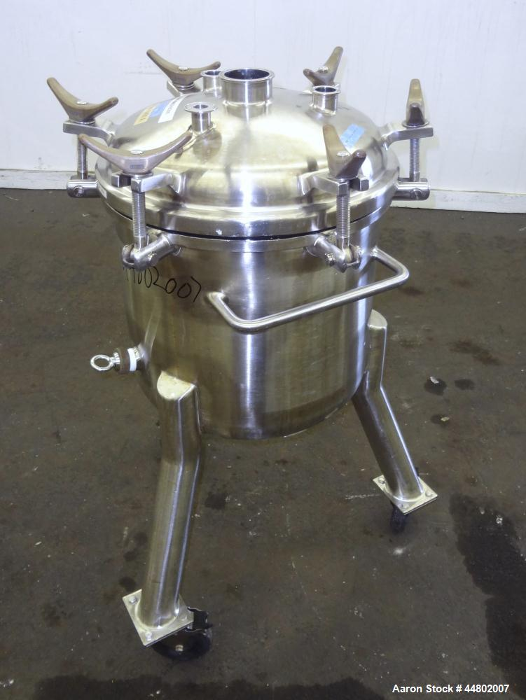 Used- 60 Liter Stainless Steel Precision Stainless Pressure Tank