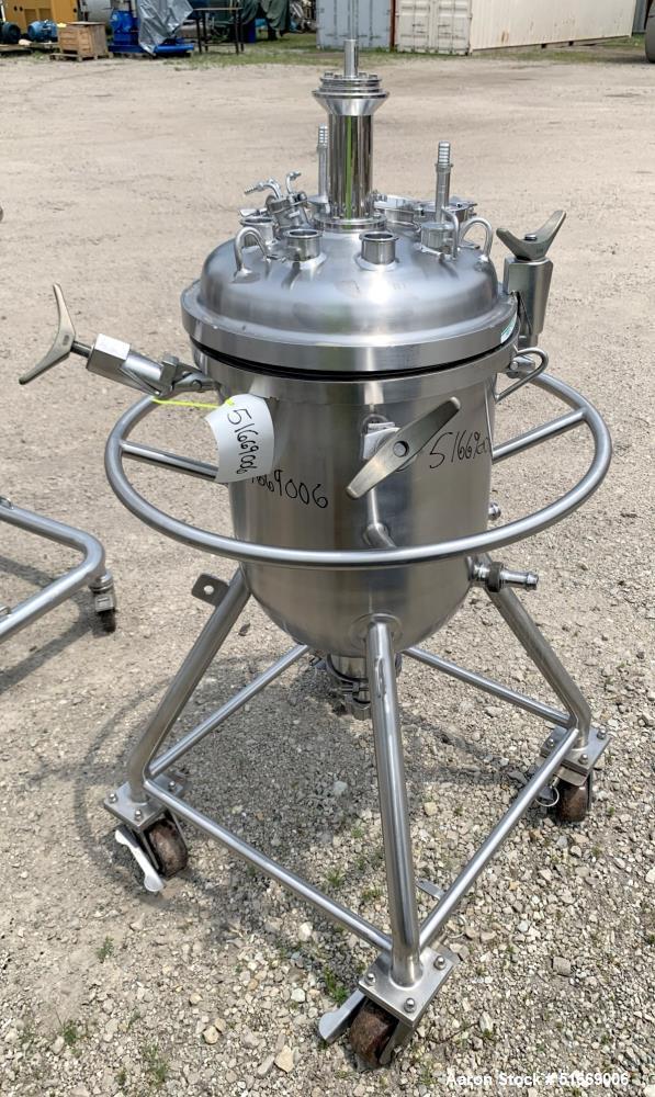 Pure-Flo Precision / Alfa Laval Biokinetics 17 Gallon Pressure Tank