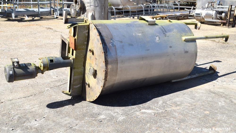 """Used- Thibs Machine & Welding Tank, 438 Gallon, 316 Stainless Steel, Vertical. Approximate 42"""" diameter x 69"""" straight side,..."""