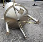 Used- Waukesha Cherry-Burrell Pressure Tank, 264 Gallon, 316L Stainless Steel, Vertical. 42