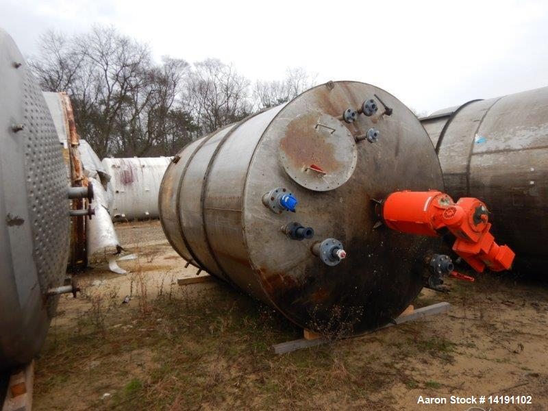Used- Stainless Steel Mix Tank, 3400 Gallon