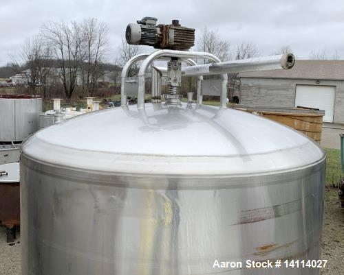 Used- DCI 3,0000 Gallon Stainless Steel Tank