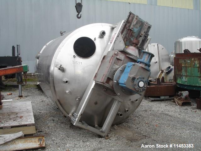 "Used- 3000 Gallon Mueller Twin Motion Processor. 316 stainless steel construction. 90"" diameter x 107"" straight side, dish t..."