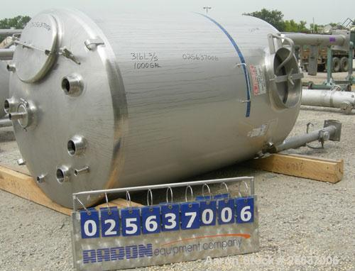 """Used- Stainless Fabrication Tank, 1,000 Gallon, 316L Stainless Steel, Vertical. 60"""" diameter x 84"""" straight side, dished top..."""