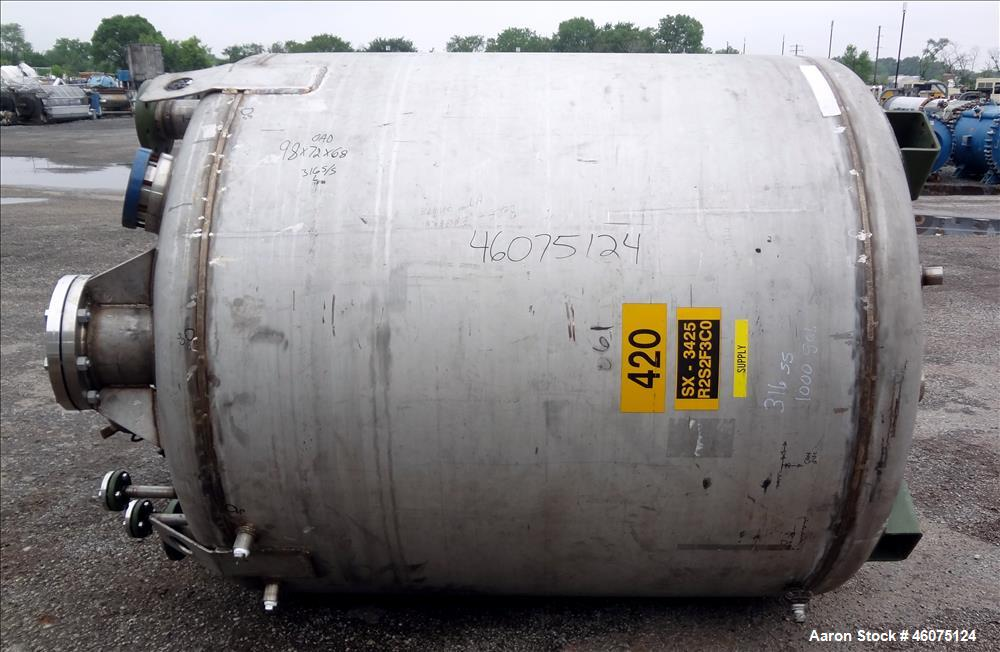 """Used- Tank, 975 Gallon, 316 Stainless Steel, Vertical. Approximate 66"""" diameter x 60"""" straight side, dished top/bottom. Top ..."""
