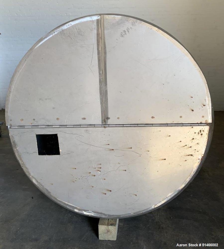 Used- DCI 700 Gallon Tank