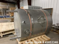 Used- Mueller Model 2000 Liter F Stainless Steel Tank