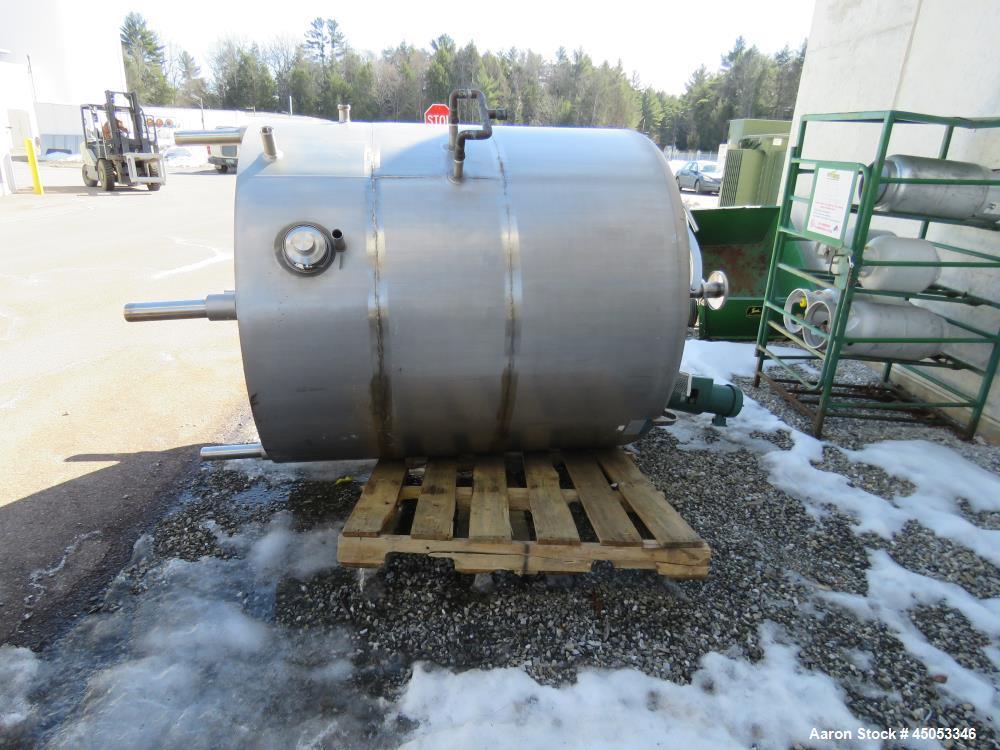 Used- Mueller Model 2000 Liter F. 528 Gallons Stainless Steel Tank