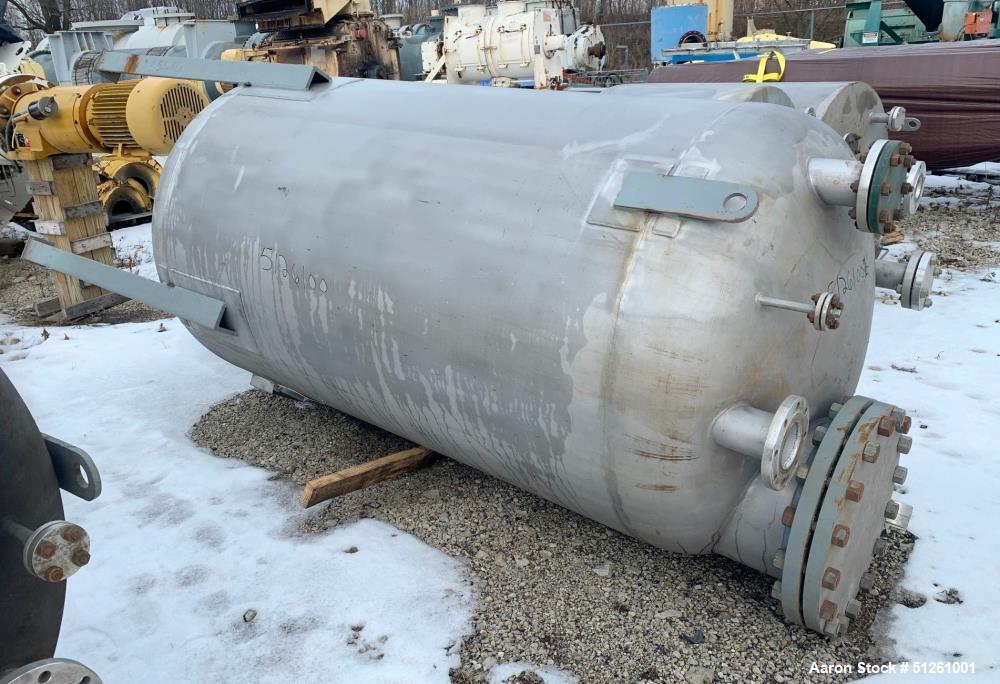 Quality Containment 900 Gallon Tank