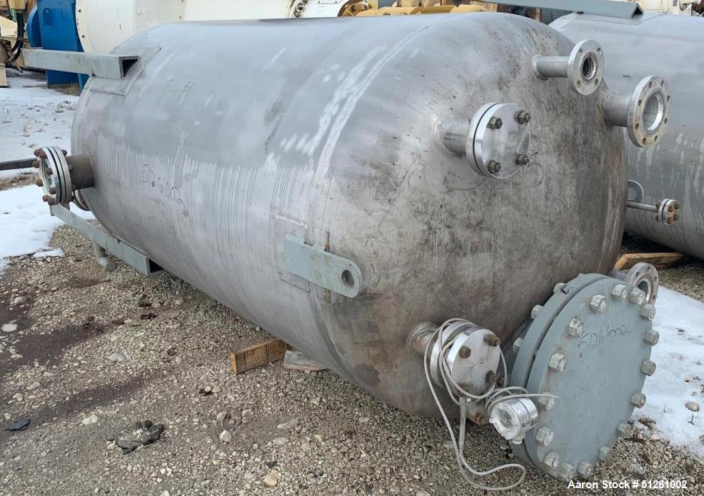 Quality Containment Co. 304 Stainless Steel 900 Gallon Tank