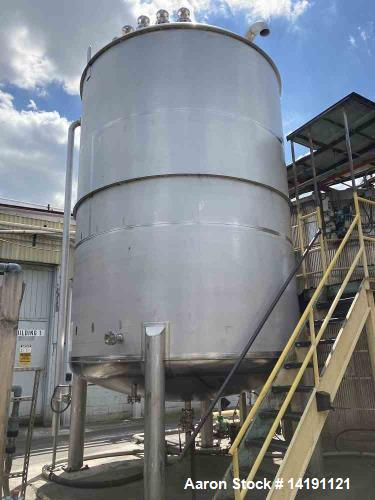 Used-10000 Gallon 304L Stainless Steel Vertical Tank