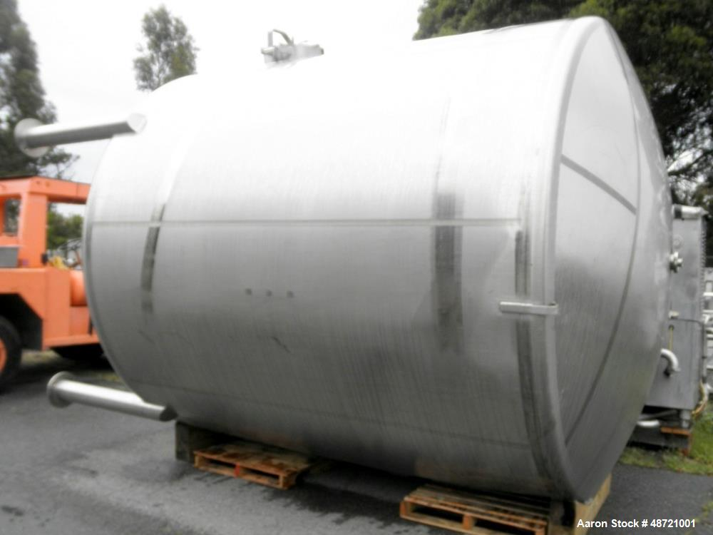 Used- Tank, Approximate 6,000 Gallon, Stainless S