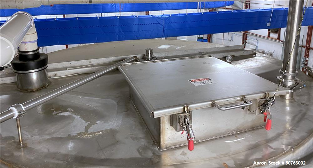 Used- Vertical Tank, Approximately 5,000 Gallon