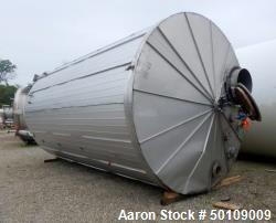 Used- Walker Storage Tank, 10,000 Gallon, 304 Stainless Steel