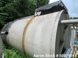 Used- APV Crepaco 10,000 Gallon Mix Tank, 304 Stainless Steel, Vertical.