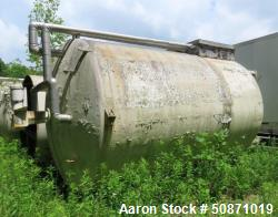 Used- Cherry-Burrell 10,000 Gallon Mix Tank, 304 Stainless Steel, Vertical.