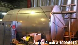 Used- Walker, 6000 Gallon Vertical Tank. 304 stainless steel jacketed and insulated cooling tank rated for 55 gallons per mi...