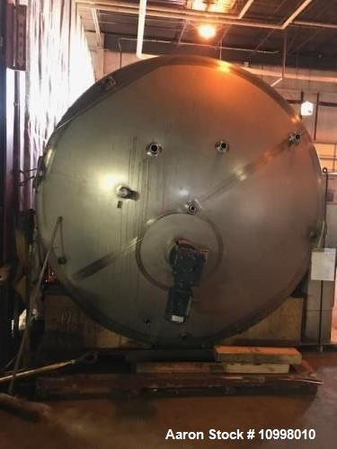 Used- Walker, 6000 Gallon Vertical Tank.